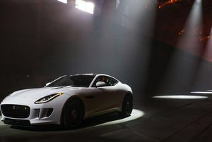 ALL-NEW F-TYPE R COUPÉ REVEALED AT HIGH-SPEED DURING EXCLUSIVE LOS ANGELES VIP EVENT
