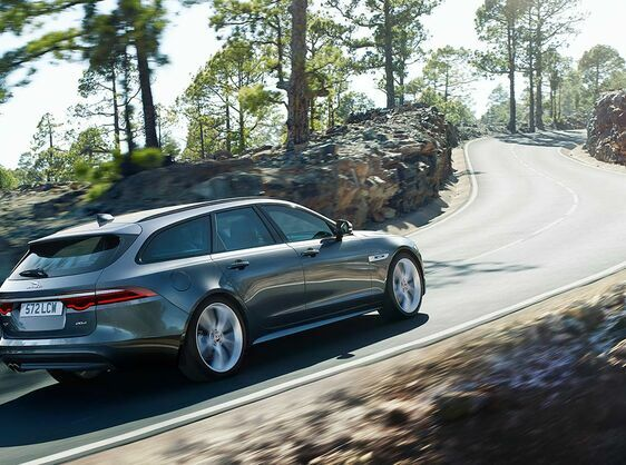 XF SPORTBRAKE PERSONAL CONTRACT PURCHASE 18MY