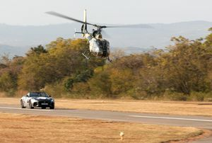 Jaguar F-TYPE SVR vs. Gazelle at the Kishugu Lowveld Air Show in Nelspruit