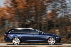 PORTFOLIO CARS ORDERS 30 JAGUAR XF SPORTBRAKES FOR VIP HEATHROW TRAVEL