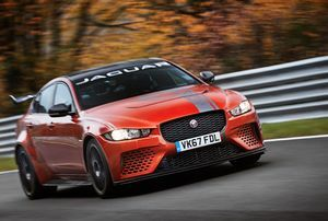 JAGUAR XE SV PROJECT 8 IS WORLD'S FASTEST SALOON CAR, WITH RECORD NÜRBURGRING NORDSCHLEIFE LAP