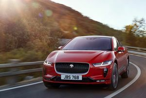 JAGUAR I-PACE CHARGES AHEAD IN EV RACE