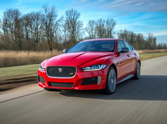 PLAN AHEAD WITH JAGUAR'S GUARANTEED FUTURE VALUE