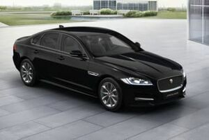 XF Saloon 2.0i 250ps R-Sport 4dr Auto