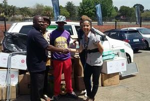 Land Rover West Rand Partners with the Red Cross for #HCAT