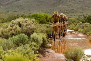 LAND ROVER DRIVES THE 2017 ABSA CAPE EPIC